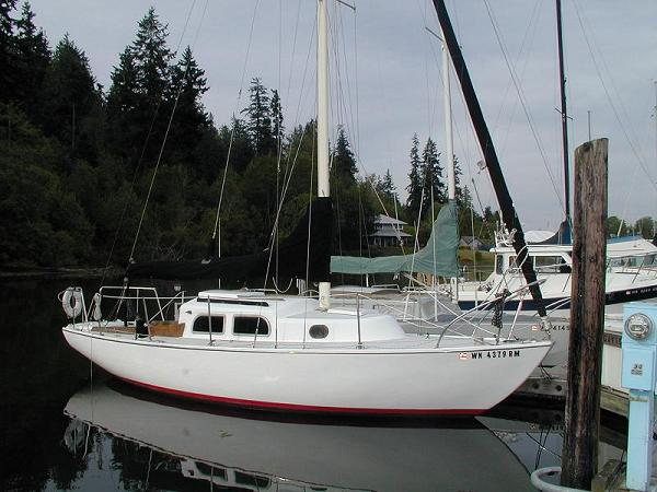 S/V Gaviota is an Alberg-designed, 26' Pearson Ariel, hull number 134, ...